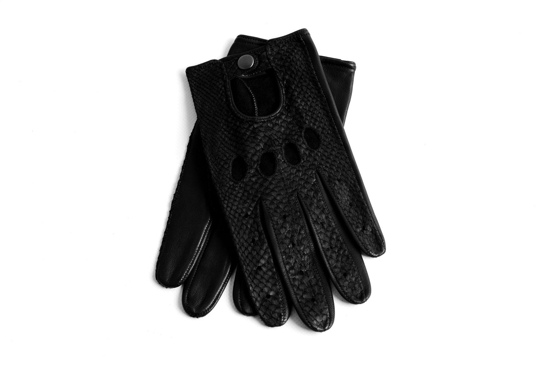 Mahiout Austin driving gloves in salmon skin