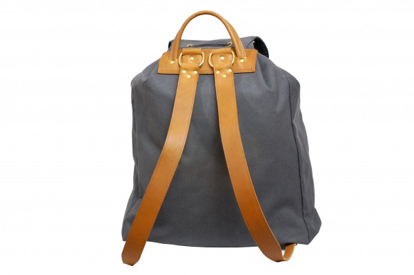 mahiout_aw16_helrik_backpack_graphite-cognac_dsc_0088_2