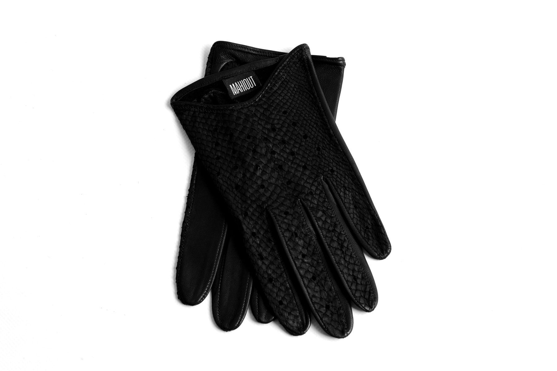 Mahiout Jeno gloves in salmon skin